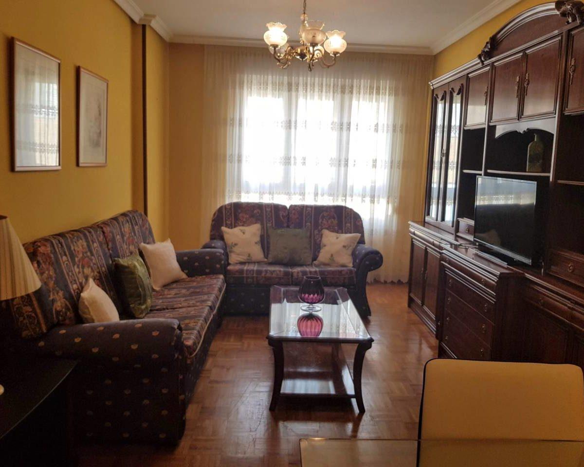 Piso en venta en Lugo de Llanera 1