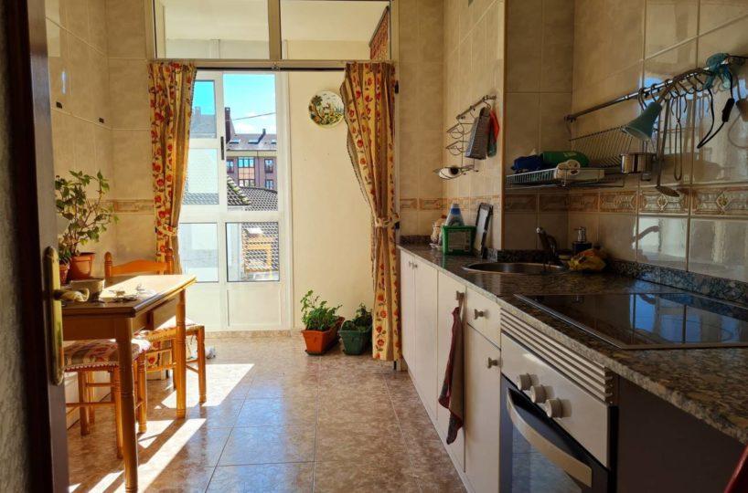 Piso 2 habitaciones en Lugo de Llanera 1